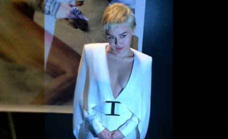 Miley Cyrus Channels Elvis Presley: See the Photo!