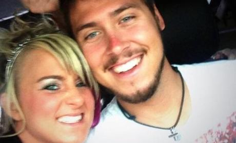 Leah Messer: Served With Divorce Papers in Grocery Store Parking Lot