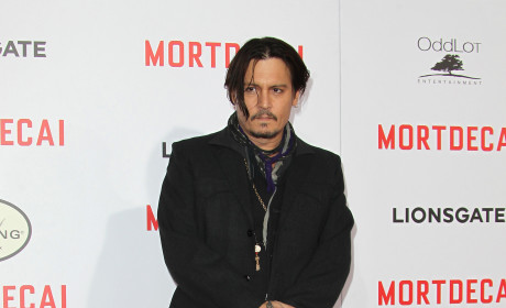 Johnny Depp and Amber Heard: Already Married?! Actor Sports Suspicious Ring At Premiere Event