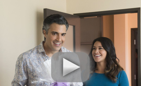 Jane the Virgin Season 1 Episode 12 Recap: Sin Rostro, Revealed!