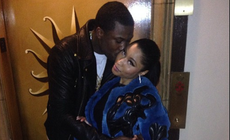 Meek Mill Kisses Nicki Minaj: Are They Dating?!?