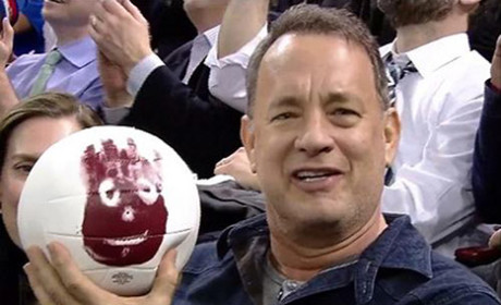 Tom Hanks Reunites with Wilson!!!!!!!!!!