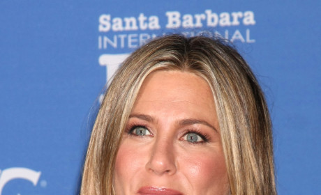 Jennifer Aniston: Snubbed by Oscars, Still Presenting at Oscars