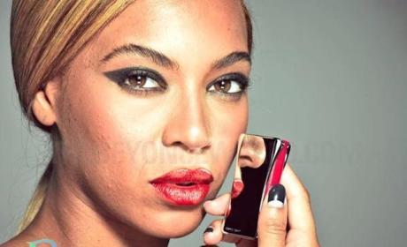 Beyonce: Unphotoshopped Pics Leak Online, Outrage Fans