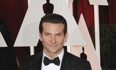 Bradley Cooper at the 2015 Oscars