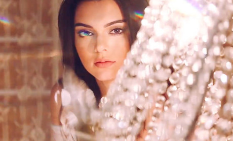 Kendall Jenner PacSun Pic