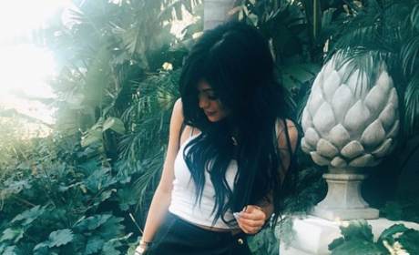 Kylie Jenner on Instagram: Look at My Leg!