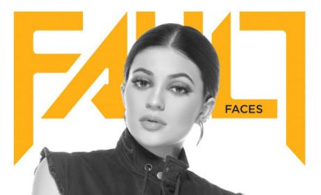 Kylie Jenner Flaunt Photo