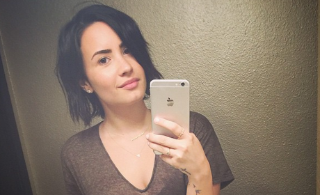 Demi Lovato: No to Makeup, Yes to New Tattoo