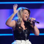 Lauren-alaina-performs
