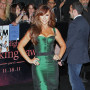 Jennifer-love-hewitt-at-breaking-dawn-premiere