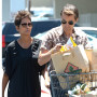 Halle-berry-and-olivier-martinez-shopping