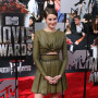 Shailene-woodley-at-mtv-movie-awards