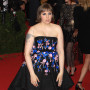 Lena-dunham-at-the-met-gala