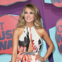 Carrie-underwood-at-cmt-awards