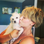 Kaley-cuoco-new-puppy