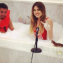Khloe-and-scott-in-the-bath