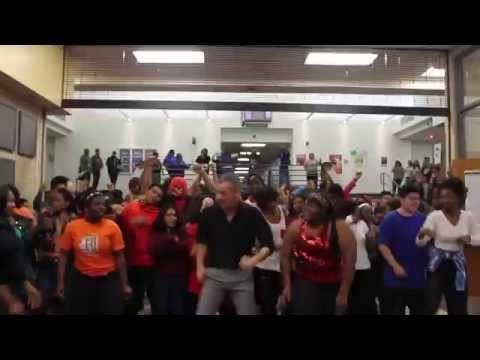 texas-high-school-uptown-funk-video.jpg