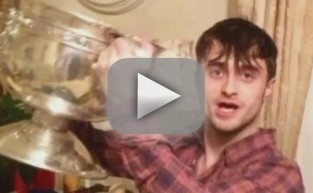 Daniel Radcliffe Hangs with Dublin Minor Football Team