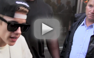 Justin Bieber Shows Up for Deposition