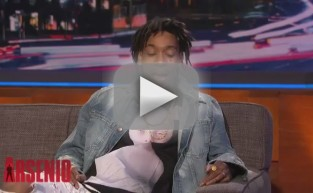 Wiz Khalifa: Miley Cyrus Loves to Smoke!