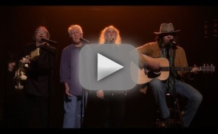 Jimmy Fallon Sings as Neil Young