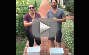 Kelly Clarkson Accepts Ice Bucket Challenge