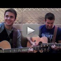 Kris-goes-acoustic