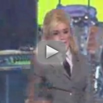 Gwen-stefani-hello-goodbye-live-at-kennedy-center-honors