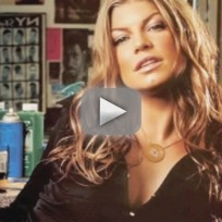 Fergie defends christina aguilera