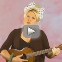 Victoria-jackson-obama-communist-song