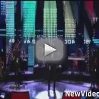 Maroon 5 (Ft. Christina Aguilera) - Moves Like Jagger (LIVE)