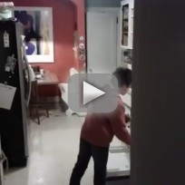 Kid Does Dishes to MJ