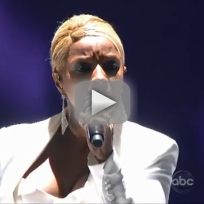 Mary-j-blige-mr-wrong-american-music-awards