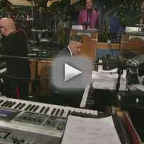 Jon Huntsman Plays Piano