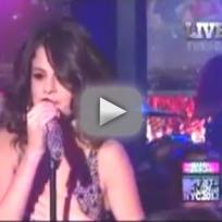 Selena Gomez - Love You Like a Love Song (Live on New Year's Eve)