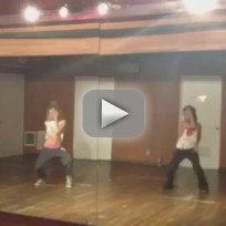 Vanessa-hudgens-and-ashley-tisdale-dance-to-beyonce