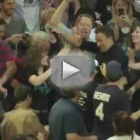 Bruce-springsteen-chugs-beer-with-philly-crowd
