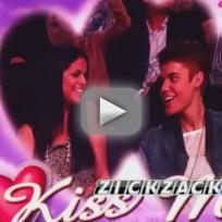 Justin Bieber and Selena Gomez on Kiss Cam