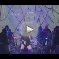 Rihanna SNL Performance
