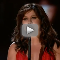 "Kelly Clarkson - ""Dark Side"" (BIllboard Music Awards)"