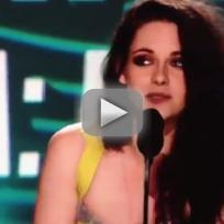 Kristen Stewart Wins Best Kiss
