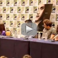 Breaking dawn cast at comic con