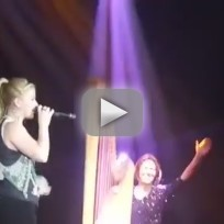 Kelly Clarkson - Everytime (Live)