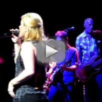 Kelly Clarkson Covers Mariah Carey