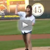 Michael-jackson-kids-throw-out-first-pitches