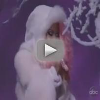 "Nicki Minaj - ""Freedom"" (AMA Performance)"
