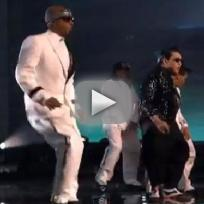 Psy-ft-mc-hammer-gangnam-style-american-music-awards-2012