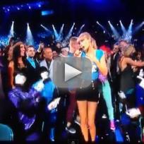 "Taylor Swift - ""22"" (Billboard Music Awards)"
