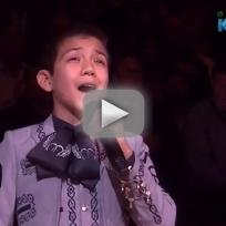 Sebastien de la cruz national anthem performance